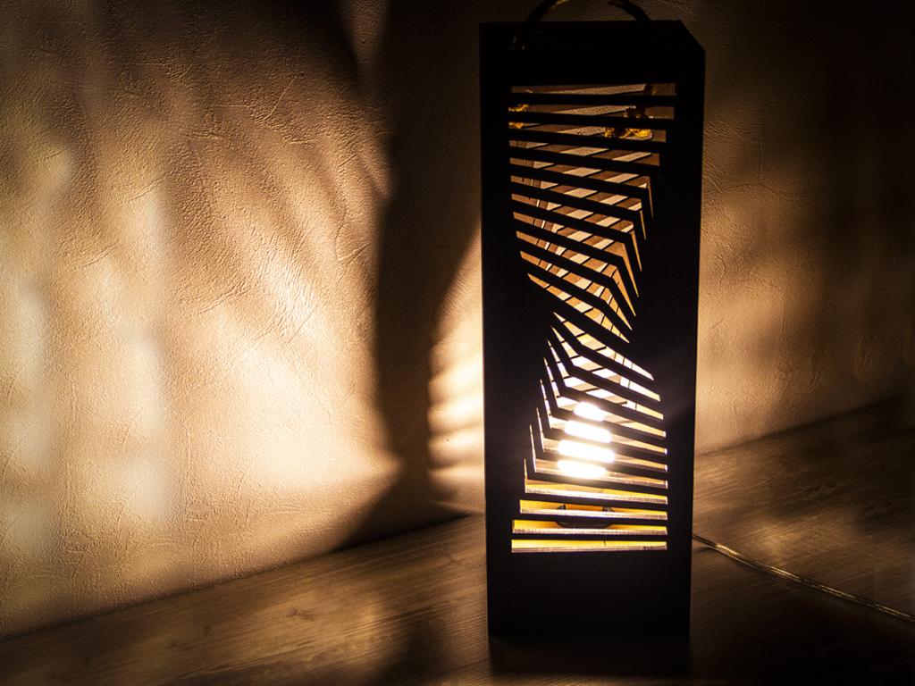 Упаковка для алкоголя + светильник «Рефракция»