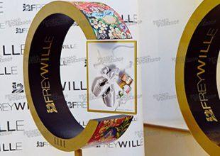 Левитирующие конструкции для фотовыставки в рамках фестиваля «Золотая маска», компания «FREYWILLE»