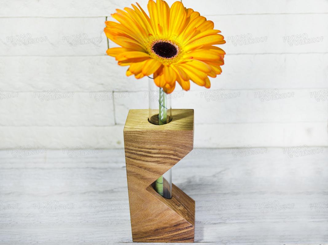 Вазочка-пробирка для цветка