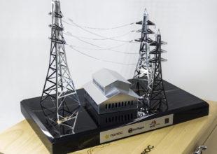 Настольная композиция «Подстанция» для компании «ПОЛЮС»